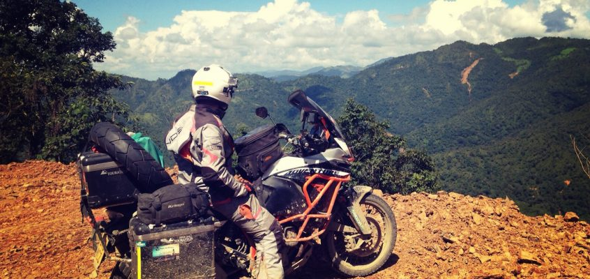 RIDER STORY: DAN // WORLD TRAVELLER