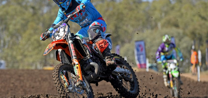 2-STROKE SMOKE: RYKERS & THE KTM 250 SX TAKE ON MX2