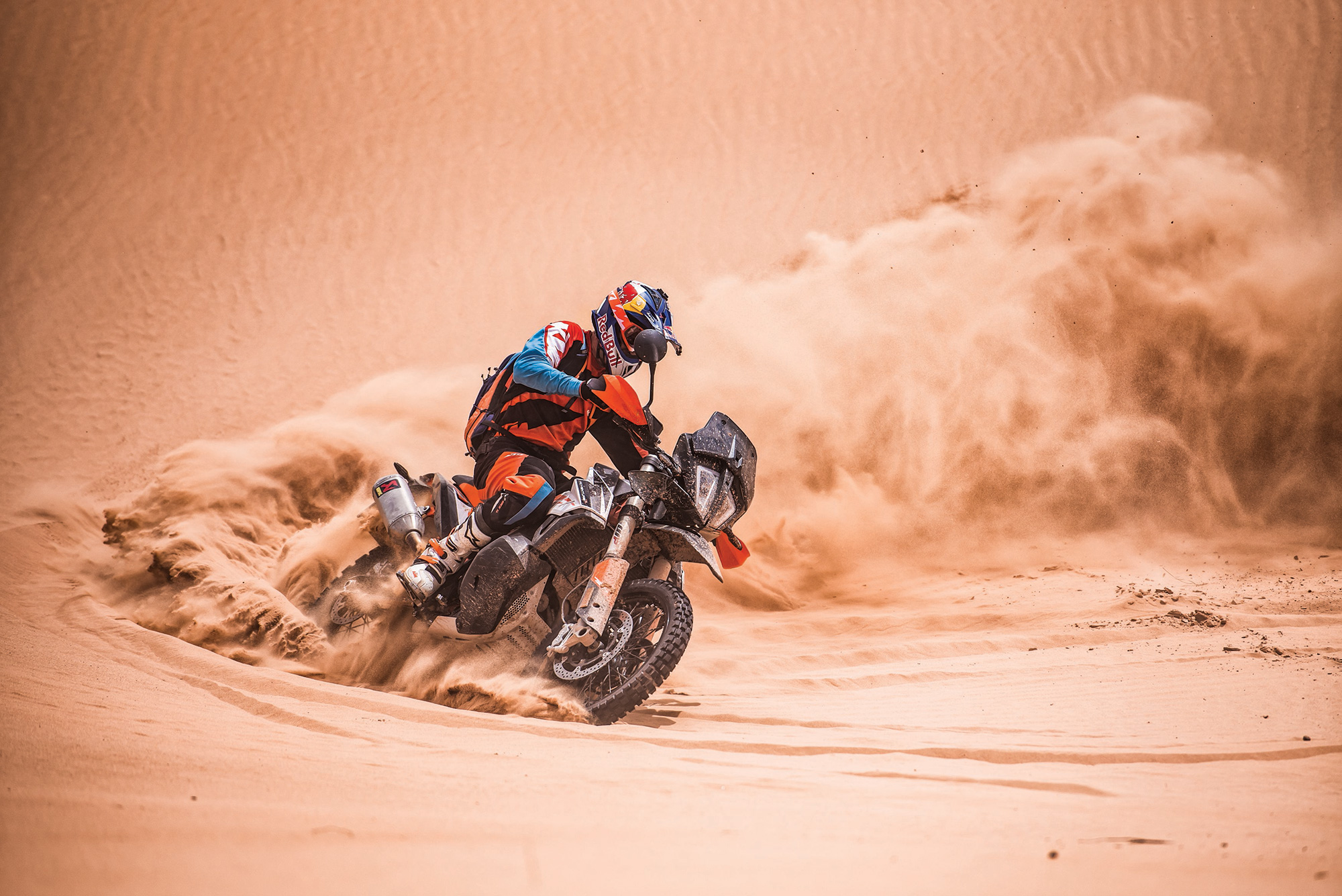 KTM-790-ADVENTURE-R_Action-06-web